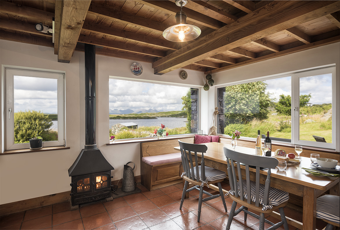 maumeen cottage rental property in roundstone connemara for rh connemaracottagerental com